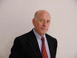 Dietrich Schüller
